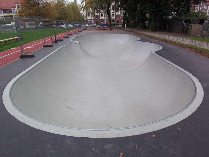 Concrete Rudolph concrete rudolph auerbach skatepark formwork bench stahnsdorf